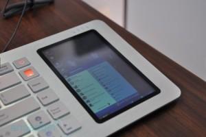 Скоро в продажу поступят клавиатуры с экраном от KeyView