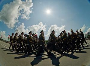 В Москве начинают репетировать военный парад