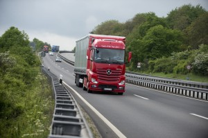 201205220822_actros