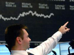 Основные индексы на фондовых торгах в РФ снизились
