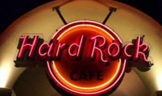 Ресторану популярной в мире сети Hard Rock Cafe не могут найти места в центре Киева