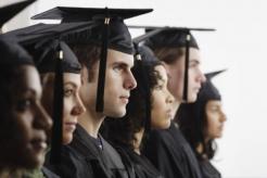 Скромность и дешевизна: эксперты рассказали о зарплатных ожиданиях молодых специалистов (Украина)