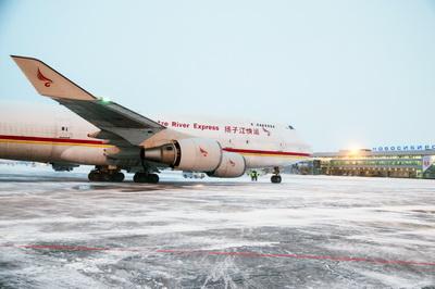 Китайский Yangtze River Express увеличивает частоту полетов через Новосибирск