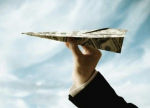 Деньги в конверте: теперь россияне могут отправлять переводы по e-mail