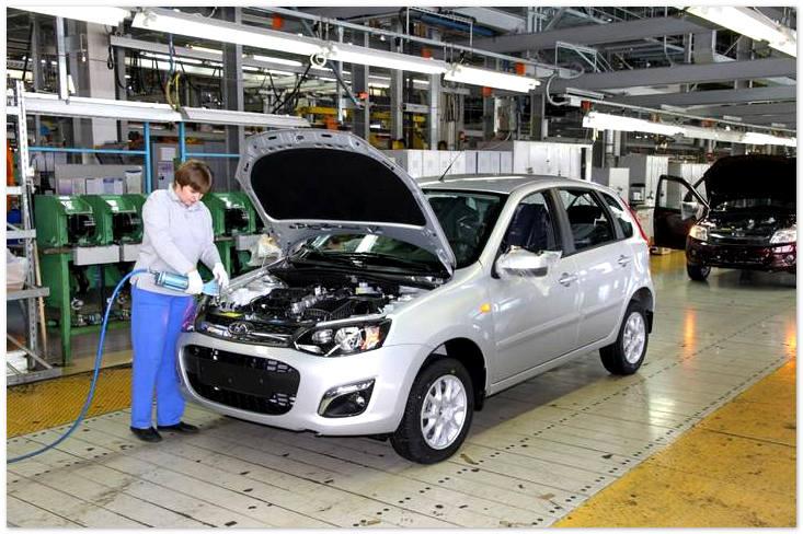 Сборка отечественных автомобилей Lada Granta и Lada Kalina будет приостановлена
