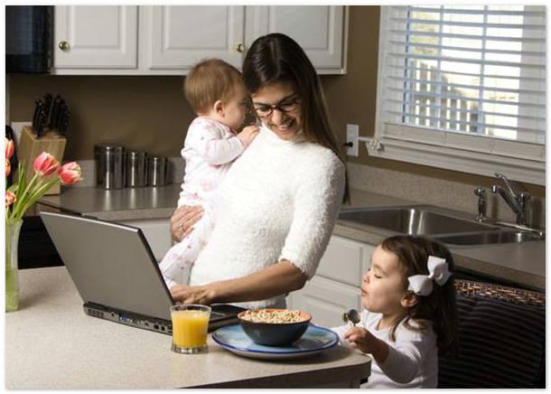 Как мама двух малышей начала зарабатывать сидя в декрете?