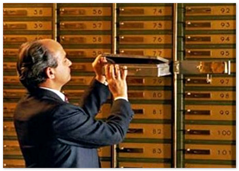 Банки Швейцарии готовы «сдать» многих своих клиентов налоговым органам.