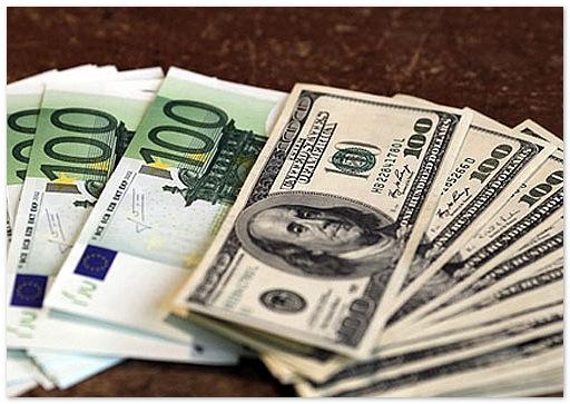 Курсы доллара и евро побили исторический рекорд