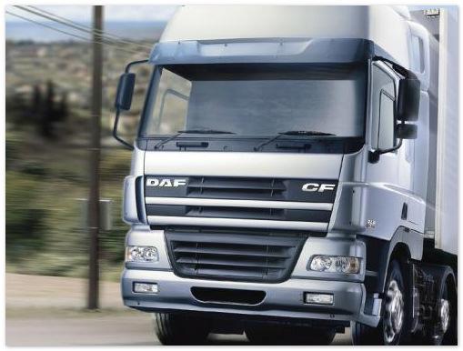 Бизнес добился возвращения грузового транспорта на улицы Петербурга