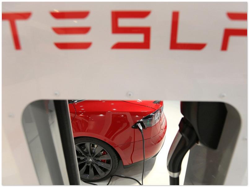 Tesla подарит патенты на электромобили своим конкурентам