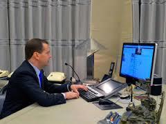 Авторы блога Shaltay Boltay рассказали о «тайном Twitter Медведева»