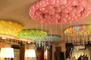 Воздушные шары, наполненные гелием