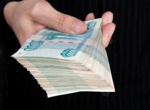 Самарский полицейский отказался от взятки в 200 тысяч рублей