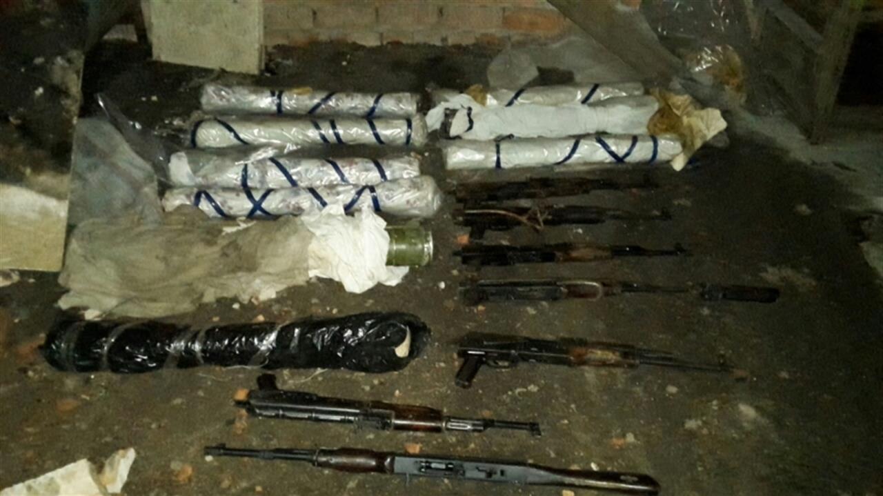 В Самаре обнаружили гараж с гранатомётами, автоматами и огнемётом