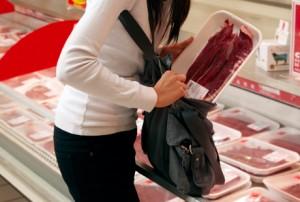 Симбрянка ограбила супермаркет на тысячу рублей