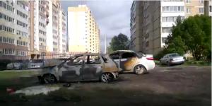 В Засвияжье сгорело две машины