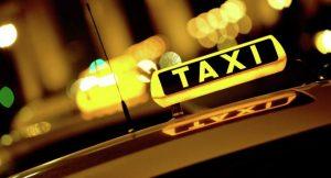 Россияне всё чаще предпочитают такси общественному транспорту