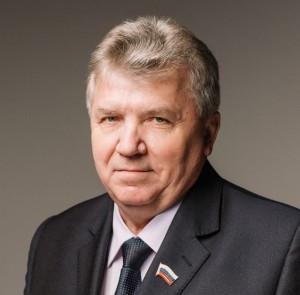 Глава города Ульяновска проводит спектакли с увольнением.