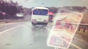 ЧП на трассе, пассажиры автобуса чудом остались живы (ВИДЕО)