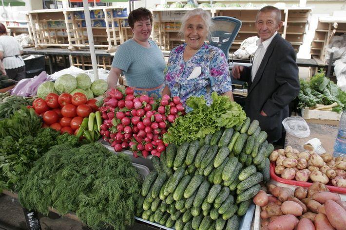 Небывалый урожай обвалит цены на фрукты и овощи в сентябре