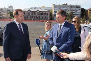 Глава Самары и главный федеральный инспектор области оценили ремонтные работы в Ленинском районе