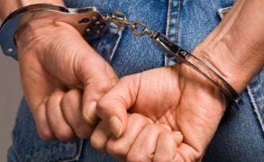 Напавшего на беременную женщину грабителя задержали по кровавому следу