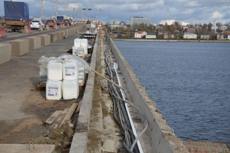 Чиновники заговорили об окончании ремонта моста к «концу года»