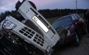 В Татарстане произошло ДТП с тремя автомобилями