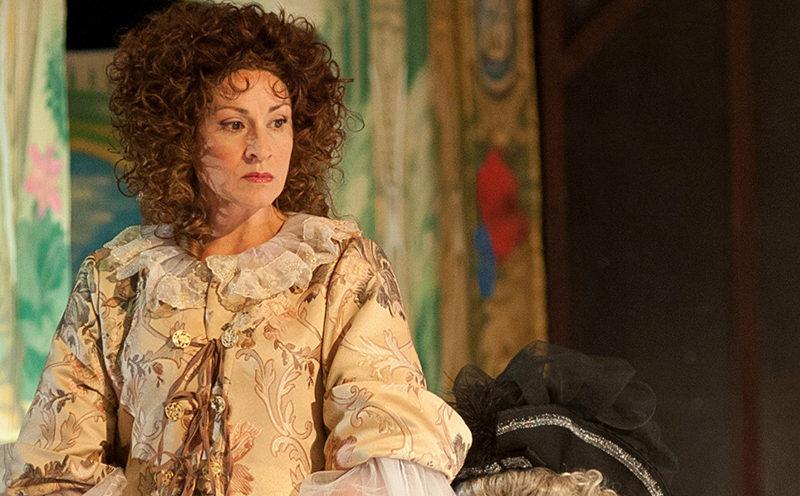 Сергей Ситников вручил театральный «Оскар» самой стильной костромской актрисе