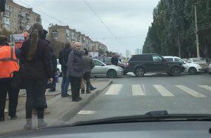 В Самаре на пересечении проспекта Ленина и улицы Первомайской из-за ДТП встали трамваи