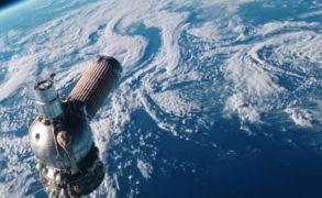 Названа дата падения на Землю огромного спутника