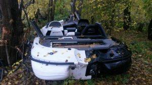Под Сызранью катер вылетел на берег Волги и врезался в дерево