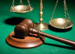 В Самаре судебных приставов будут судить за хищение автомобилей