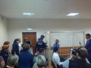 Суд отправил бывшего директора самарской гимназии №1 под домашний арест