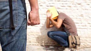 В Жигулёвске мужчина обвиняется в жестоком обращении с сыном