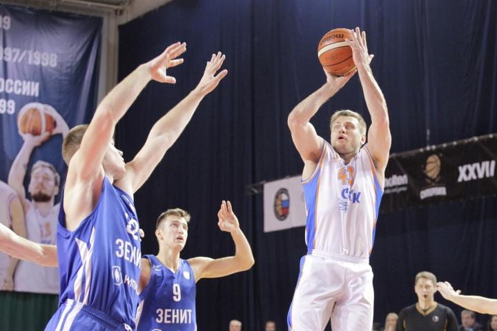 Баскетбольная «Самара» разгромила «Зенит-Фарм»