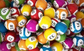 Мужчина выиграл в лотерею рекордную для России сумму