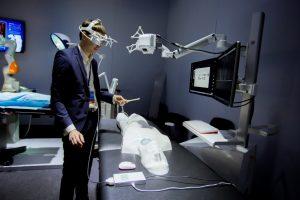 Самарские учёные представили Владимиру Путину инновационного робота-хирурга