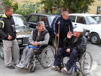 Инвалидов освободили от налога