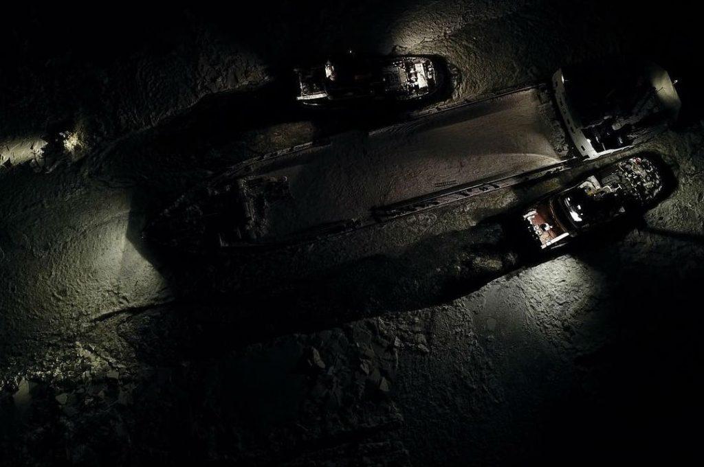 Видео: паром  «Омский-35» освободили из ледяного плена
